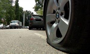 Objestnež, ki je rezal pnevmatike vozil, v priporu