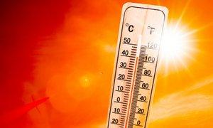 Nas res čaka peklensko vroče poletje?