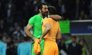 Buffon ob slovesu Casillasa: Hvala ti, brez tebe bi bilo vse manj smiselno