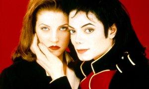 'Jackson se je po spolnem odnosu najprej naličil ... Ni prenesel, da bi ga žena ...
