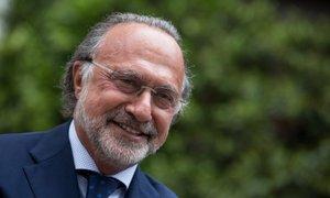 V strmoglavljenju helikopterja umrl francoski politik in milijarder