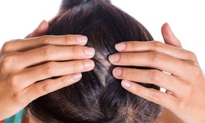 Napitek, s katerim se boste znebile sivih las, je pravi hit!