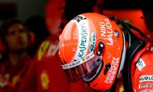 Dirkač je bil in dirkač bo ostal: Lauda k večnemu počitku v dirkaški opravi