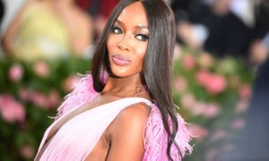 Naomi Campbell postala mama