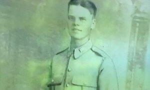 Pismo vojaka, ki je padel v bitki pri Dunkirku, po 80 letih prispelo do njegove ...