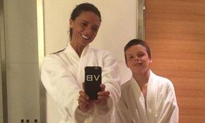 David Beckham presenečen zaradi ženinega bleščečega nasmeha
