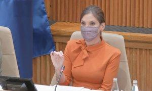 14 ur nočne razprave ob 'šovu' Eve Irgl in Miha Kordiša