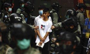 V Hongkongu znova vre: tokrat zaradi zakona o himni