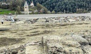 Potopljena vasica na severu Italije se je po desetletjih znova prikazala