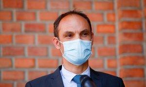 Logar o nepovabilu Janše na dogodek v Strasbourgu: Premier je po nedolžnem ...