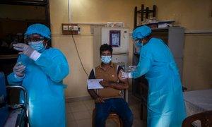 V Šrilanki po praznovanju novega leta velik porast okužb