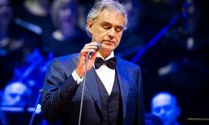 Andrea Bocelli šele zdaj razkril, da je prebolel koronavirus