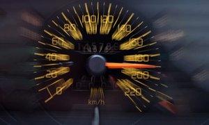 Po gorenjski avtocesti vozil kar 231 km/h