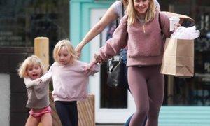 Vloga v filmu Ledeno kraljestvo ji pomaga pri vzgoji hčerk