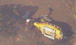 Sredi gorečega območja strmoglavil helikopter, divja še 140 požarov