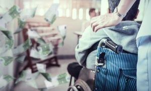 Zaradi kaosa in preračunljivosti namesto 8 kar 32 milijonov evrov za osebno ...