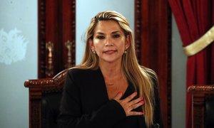 Bolivijska senatorka se je razglasila za predsednico, Morales: Gre za podel ...