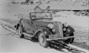 70 let stara fotografska skrivnost švicarskega filmskega zvitka