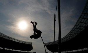 Skok s palico: zanimiv in nevaren šport