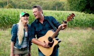 Gwen Stefani in Blake Shelton se želita poročiti kmalu po novem letu