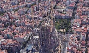 Sagrada Familia raste, za 35 milijonov pa bo 'debelejša' tudi mestna ...