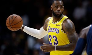 VIDEO: LeBron James kot Magic Johnson