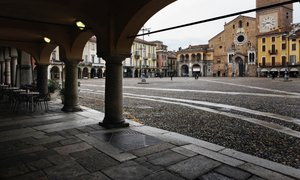 Kontroverzna odločitev italijanske županje: otroci migrantov primorani jesti ...