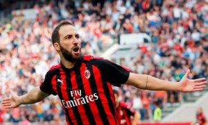 Angleži prepričani: Higuain (že) zapušča Milan, seli se na Stamford Bridge