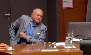 Ustavno sodišče zadržalo izvajanje parlamentarne preiskave v zadevi Kangler ...