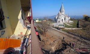 Spopadi v Gorskem Karabahu: azerbajdžanske sile le nekaj kilometrov od Šuše