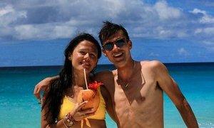 Mladoporočenca Lora in Primož Roglič uživata na medenih tednih
