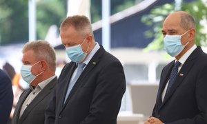 V tujini ministri odstopajo že zaradi vreče krompirja. Kaj pa v Sloveniji?