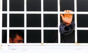 'Nihče si ne želi režima, ki lahko množice nedolžnih ljudi zapira v taborišča'