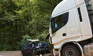 Voznika, ki je umrl v trčenju, dan prej kaznovali zaradi hitrosti in alkohola