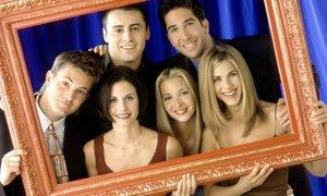 Jennifer Aniston namiguje na vrnitev Prijateljev na zaslone