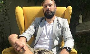 Rok Kunaver presenetil z novim videzom: brada ostaja