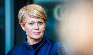 Pivčeva ni odstopila, Janša v DZ pošilja predlog za njeno razrešitev