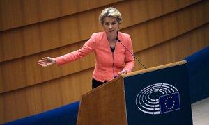 EK: Pravilo vladavine prava je primerno. Poljska in Madžarska: Vsiljujete nam ...