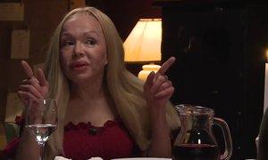 Sonja na romantični večerji: Jaz sem ultračarovnica na metli