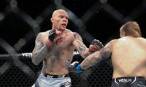 UFC Fight Night: Spopad 'Levjesrčnega' in 'Supermana'