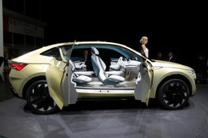V Ljubljano pripeljali avto za tri milijone evrov!