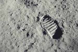 Kaj pa bi dejali vi, če bi kot prvi človek stopili na Luno?