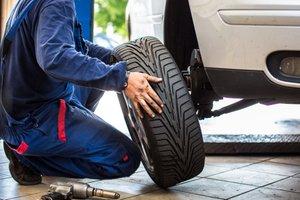 Veste, koliko je v resnici življenjska doba pnevmatik?