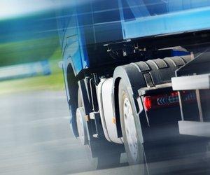 Strožji dogovor EU o omejitvi izpustov za tovornjake in avtobuse