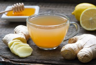 Limona, kurkuma, ingver in česen: ali resnično pomagajo pri krepitvi imunskega ...