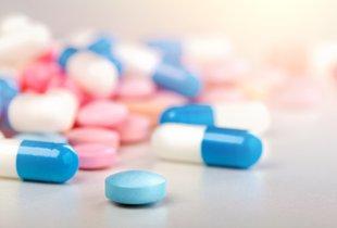 Med jemanjem antibiotikov se izogibajte naslednjih živil