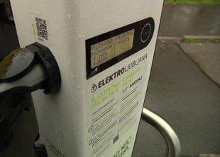 Elektro Ljubljana bo zaračunaval polnjenje električnih vozil