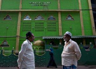 Obveščevalci: Islamisti načrtujejo napade na sufistične mošeje