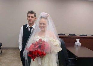Le nekaj minut po poroki mladi par umrl v prometni nesreči