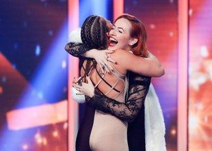 Zadnji finalistki sta postali Tjaša Dobravec in Veronika Steiner